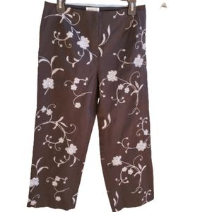 ALLYSON TAYLOR Stretch Embroidered Capri Pants 8